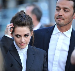 "Kristen Stewart and Rupert Sanders both dropped from ""Snow White and the Hunstman"" sequel."